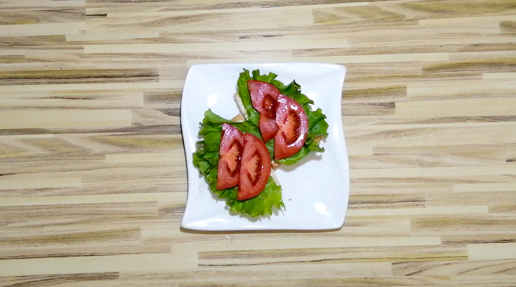 layer the lettuce and tomatoes