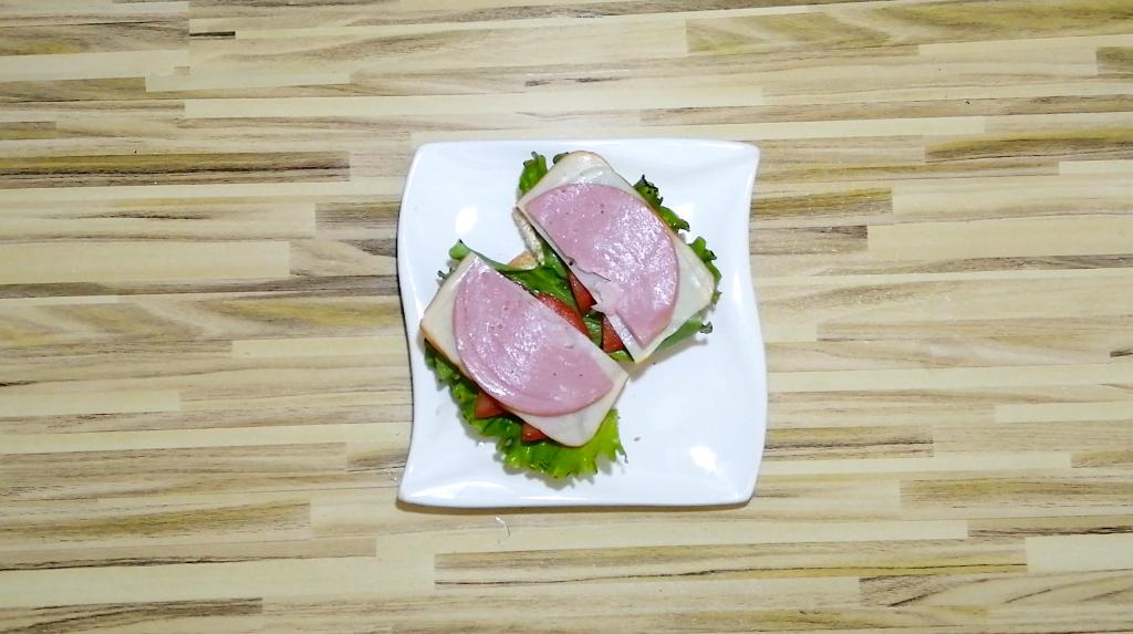 layer the chicken ham and pork ham